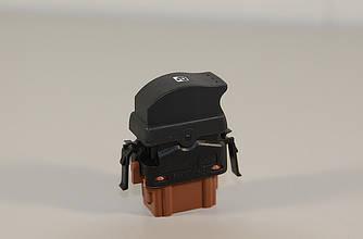 Переключатель стеклоподъёмника (пасажирский на 1 кнопку) на Renault Trafic 2001-> — RENAULT - 8200057321