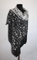 Cтильний заворожуючий шарф LV