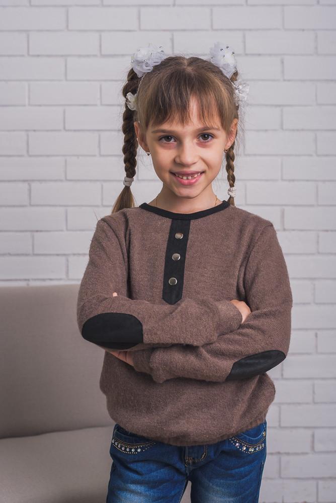 Детская кофта из ангоры с латками, коричневая