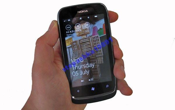 "Оригинал Nokia Lumia 610 3.7"" 8ГБ 5мп+подарки"