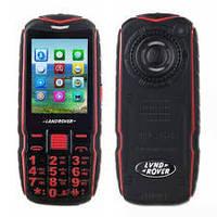 Противоударный телефон Land Rover, 2 SIM, FM, MP3/MP4, 2.4Две недели без подзарядки! Мощный фонарь.