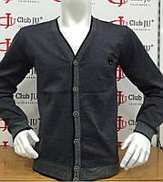 Модная кофта с V-образным вырезом