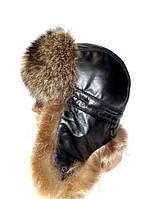 Модная шапка ушанка мужская из меха енота