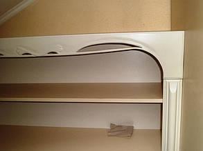 Шкаф и полка для книг 5