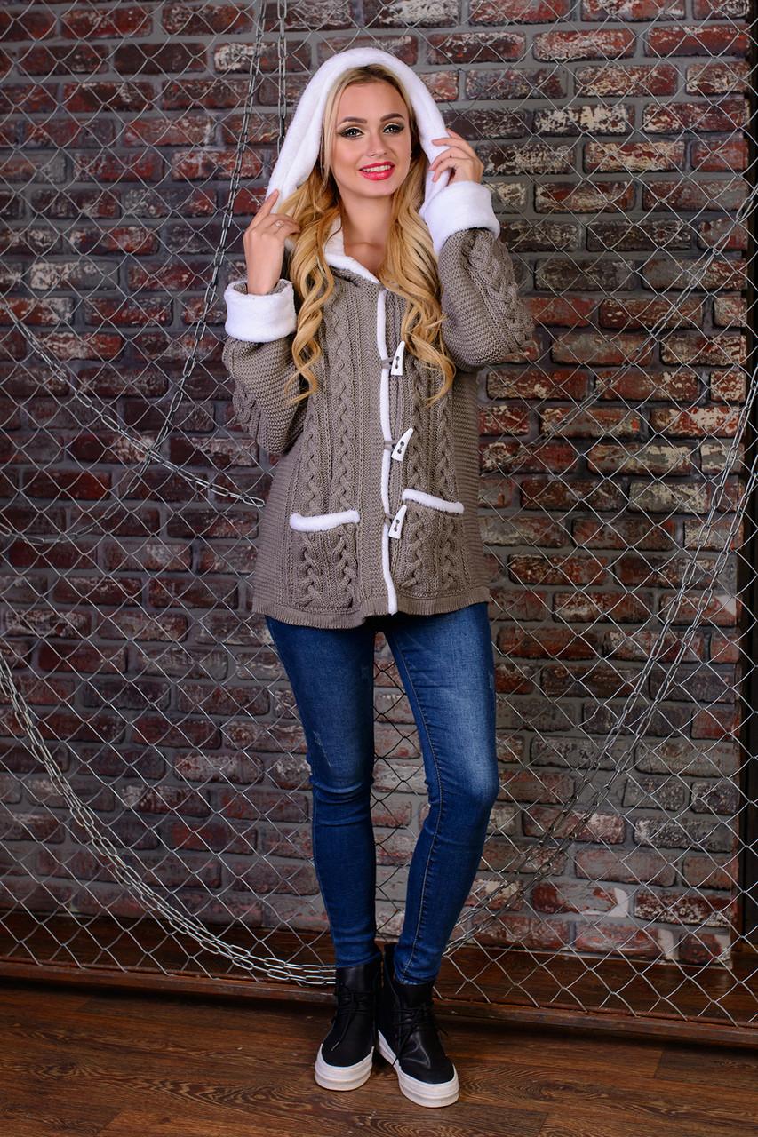 Теплая женская кофта с карманами и капюшоном