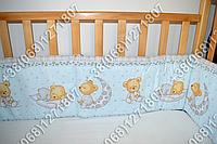 Защита бортик из 4 частей в детскую кроватку для новорожденных (мишка на месяце голубой)