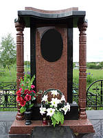 Памятник с колоннами, фото 1