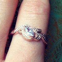 Кольцо с полудрагоценными камнями Каролина в позолоте для вечеринок