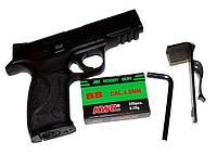 Пневматический пистолет KWC KM 48: 120 м/с, калибр 4,5 мм, 700 г, нерегулируемая планка с мушкой