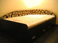 Кровать из ЛДСП с тканевой обивкой