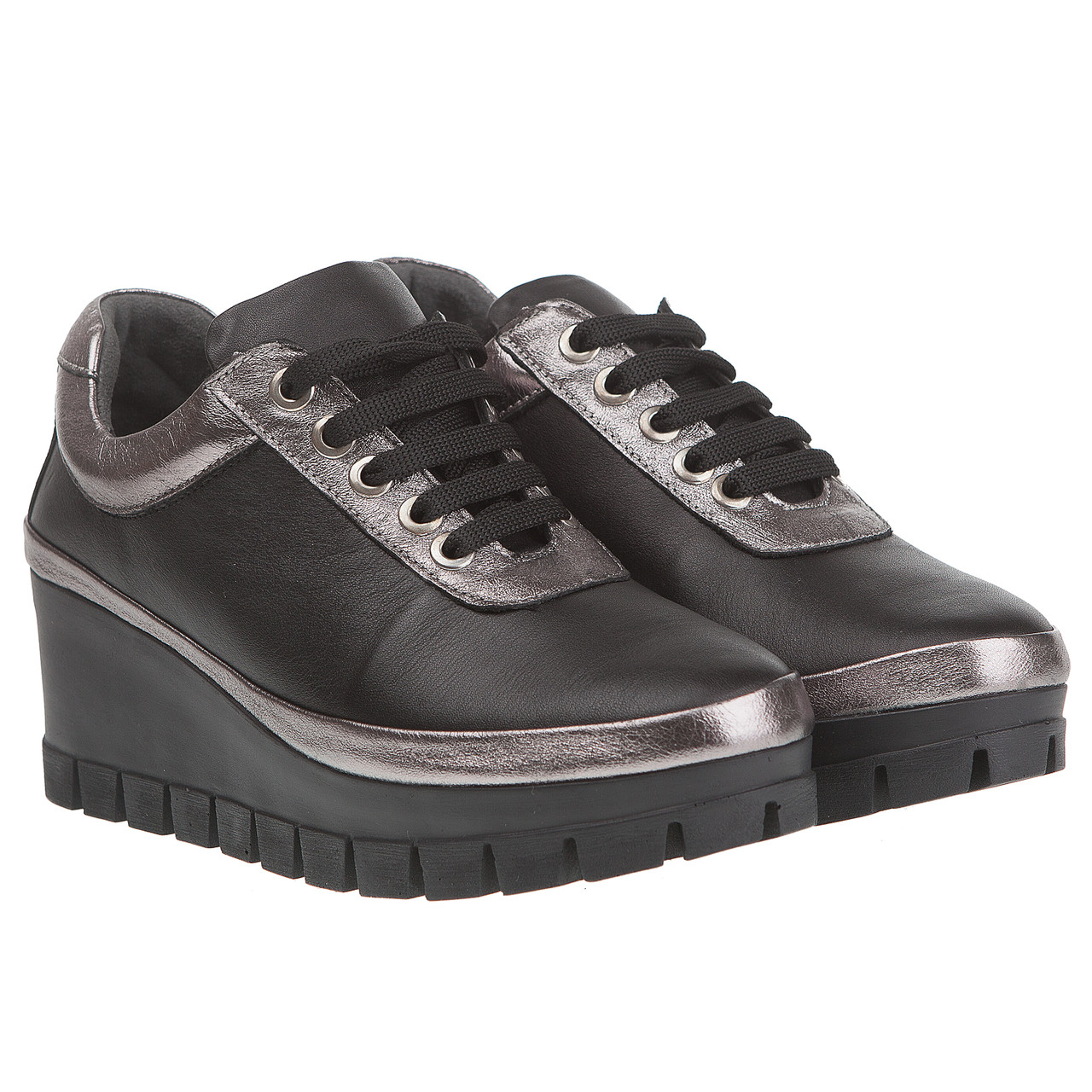 f43ae273f Женские туфли Euromoda (на удобной танкетке, стильное сочетание черного и  серебристого цвета, комфортные)