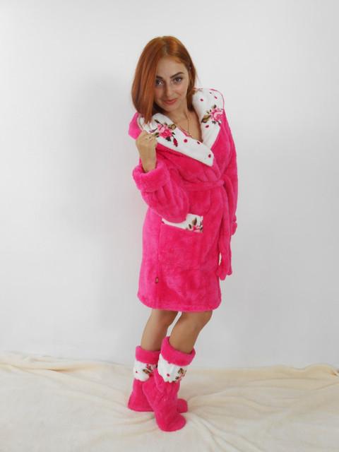 Домашние махровые халаты