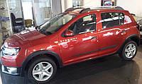 Молдинги на двери Renault Dacia Sandero Stepway II 2013>