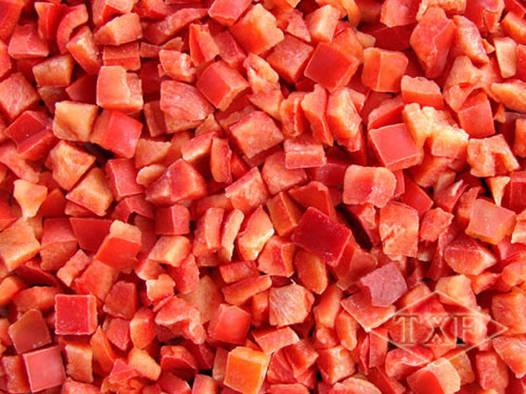 Перец красный кубик замороженный, фасовка2,5  кг