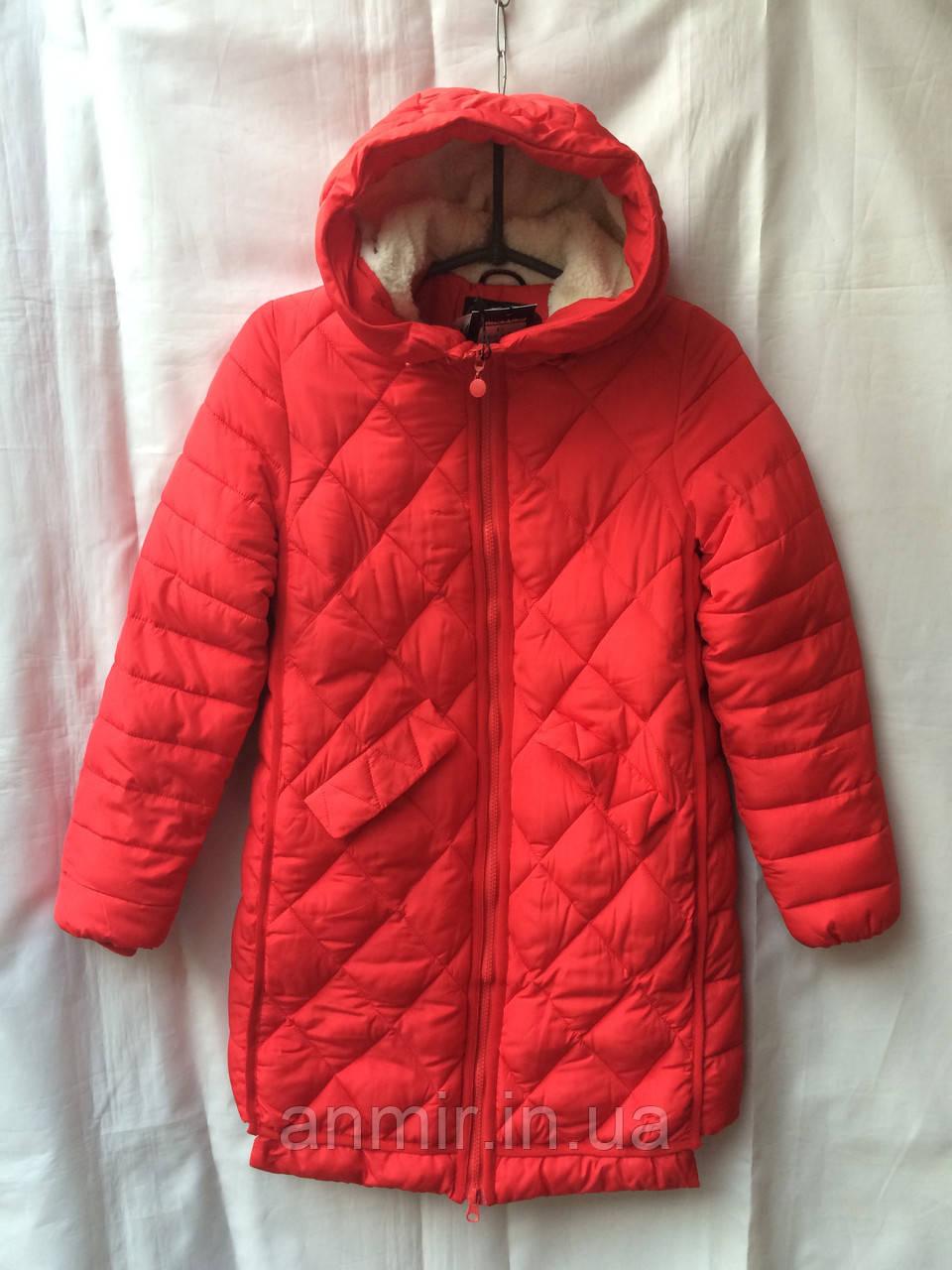 Полу-пальто  зимнее для девочки  8-12 лет,красное, фото 1