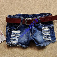Женские джинсовые шорты с кружевом в наличии.