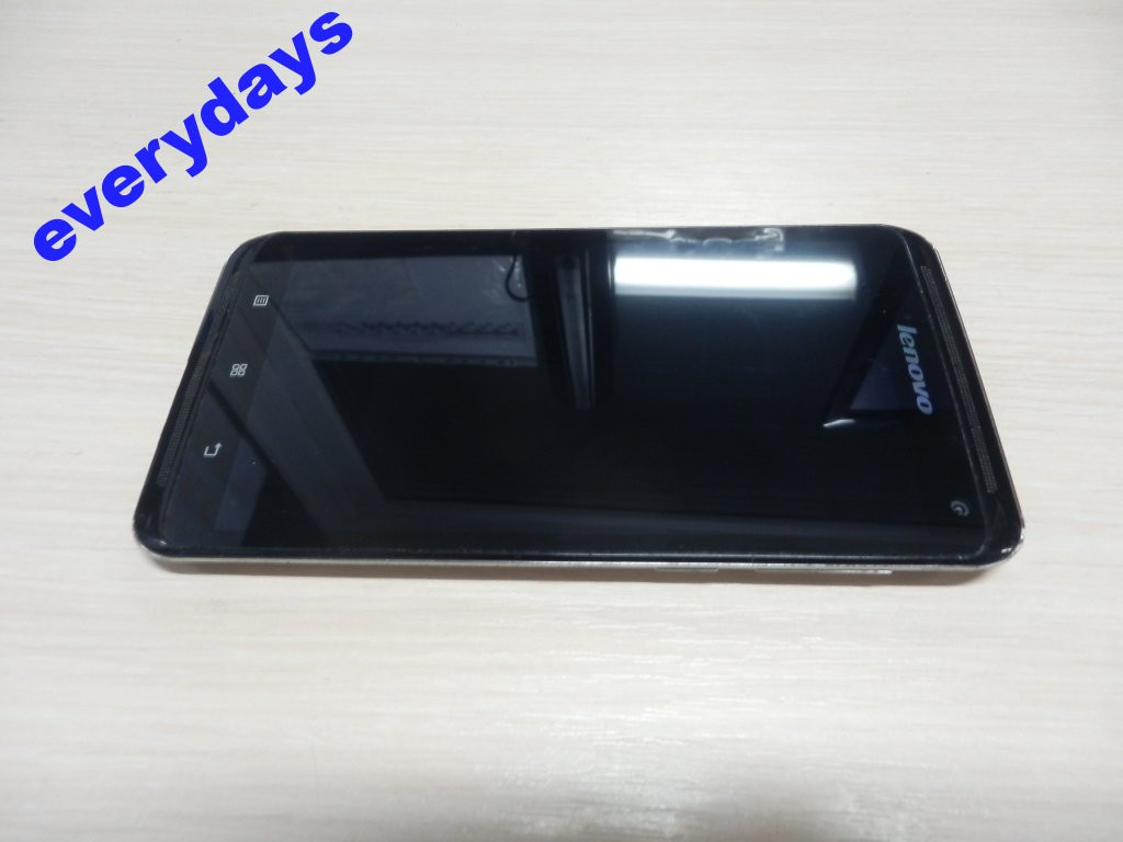 Мобильный телефон Lenovo S930 #1030