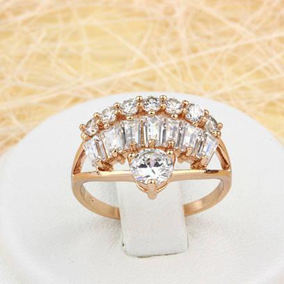 002-1520 - Оригинальное кольцо с прозрачными фианитами розовая позолота, 16, 17.5 р.