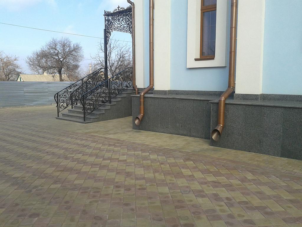 Гранитная плитка покостовская, серая в Житомире
