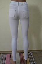 БЕЛЫЕ брюки- АМЕРИКАНКИ с рваным коленомAROX 017(РВDY), фото 3