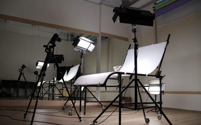 Профессионально оборудованный предметный столик