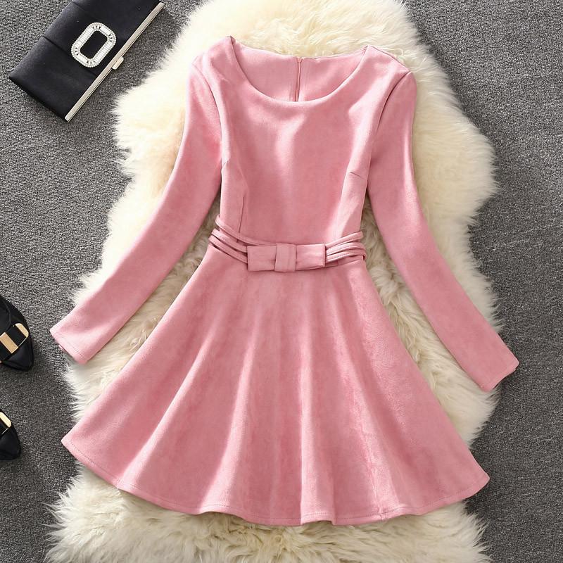 Платье женское под замш с бантиком розовое