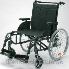 Облегченная коляска Invacare Action 4 NG HD (60,5 см)