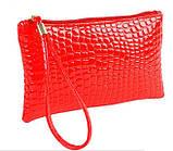 Лаковая сумочка-клатч с ремешком на руку красная, фото 2
