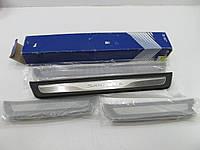 Hyundai Santa Fe 2013-17 внутренние накладки на дверные пороги передние задние новые оригинальные