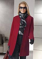 Короткое пальто с круглым вырезом горловины на пуговицах