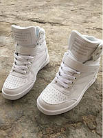 Высокие женские кроссовки