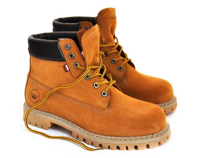 Чистка и уход за обувью