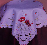 Скатерть с вышивкой маки хлопковая
