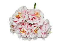 Декоративный букетик - Хризантема бело-розовая, размер 3 см, 3 шт