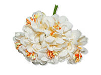 Декоративный букетик - Хризантема бело-персиковая, размер 3 см, 3 шт