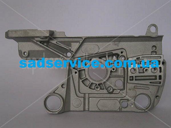 Картер для бензопилы Sadko GCS-510E (Правый)