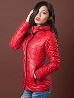Стильная курточка красного яркого цвета