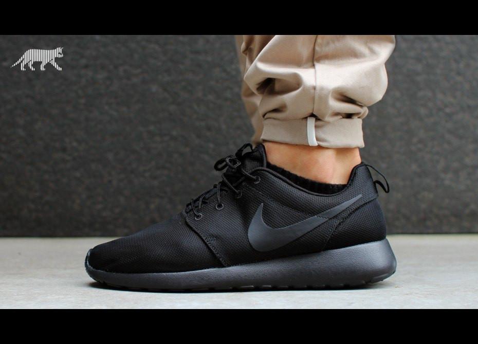 кроссовки на тканевой основе  Nike roshe run, мужские,стильные