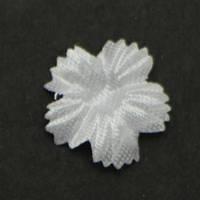 Цветок пятилистник., гвоздика. Белый. Размер 15 мм