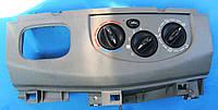 Дисплей, детали панели (корпус дисплея) 8200004603 Renault Trafic II Рено Трафик Трафік