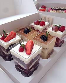 Трайфлы фруктовые. Десерты в стаканчиках