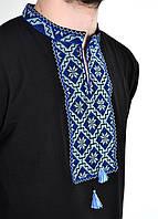 Мужская трикотажная рубашка с синей вышивкой