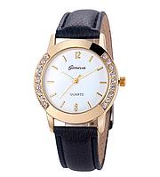 Женские часы GENEVA на черном кожаном ремешке