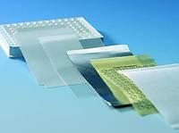 Плёнки для герметизации, самоклеящиеся для микропланшет BRANDplates® Применение Хранение, измерение флуоресценции Описание одинарная пленка Материал в