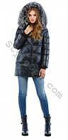 Укороченный женский зимний пуховик с натуральным мехом