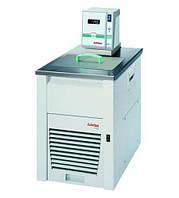 Охлаждающие оборотные термостаты Economy ED / EH Тип Economy F33-EH Диапазонтемператур -35 до 150 °C Темп.стабиль-ность 0,03 ± °C Холодопроиз-водитель