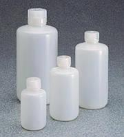 Узкогорлые бутыли с низким содержанием частиц, полиэтилен, с винтовой крышкой из полипропилена [EN]: Narrow-neck bottle 125 ml, HDPE with PP lid, low