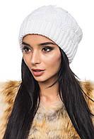 Вязаная красивая женская белая шапка шерсть