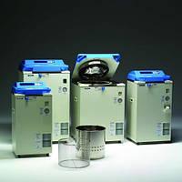 Паровые стерилизаторы (автоклавы), серия HV Тип Объем  л Внутренниеразмеры(диам. и высота)  мм Габаритныеразмеры  мм Диапазонтемператур  °C Мощность