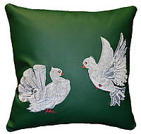 Подушка сувенирная декоративная  ГОЛУБИ